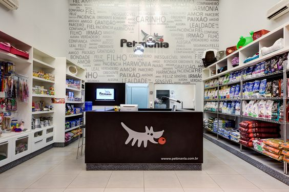 Como definir e escolher os móveis para pet shop?