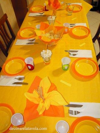 Idee tavola piatti monouso