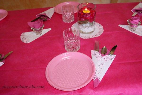 Tavola rosa per festa della mamma