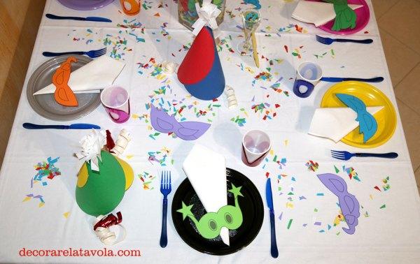 Come apparecchiare tavola a carnevale decorare la tavola - Decorare la tavola per carnevale ...