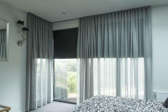 Captivating Bedroom Roller Blinds