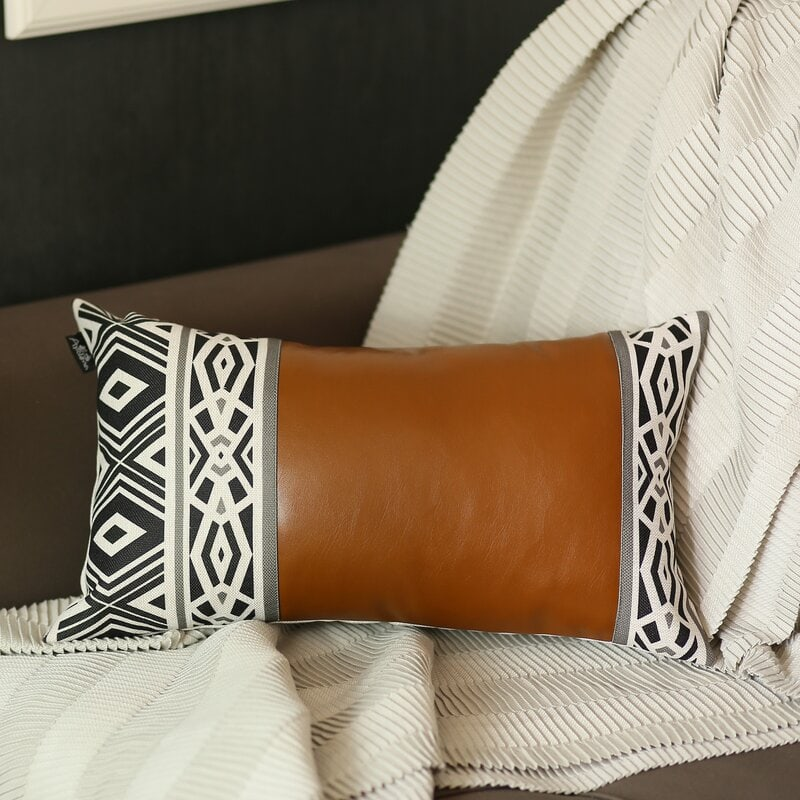 throw pillow ideas for brown couches