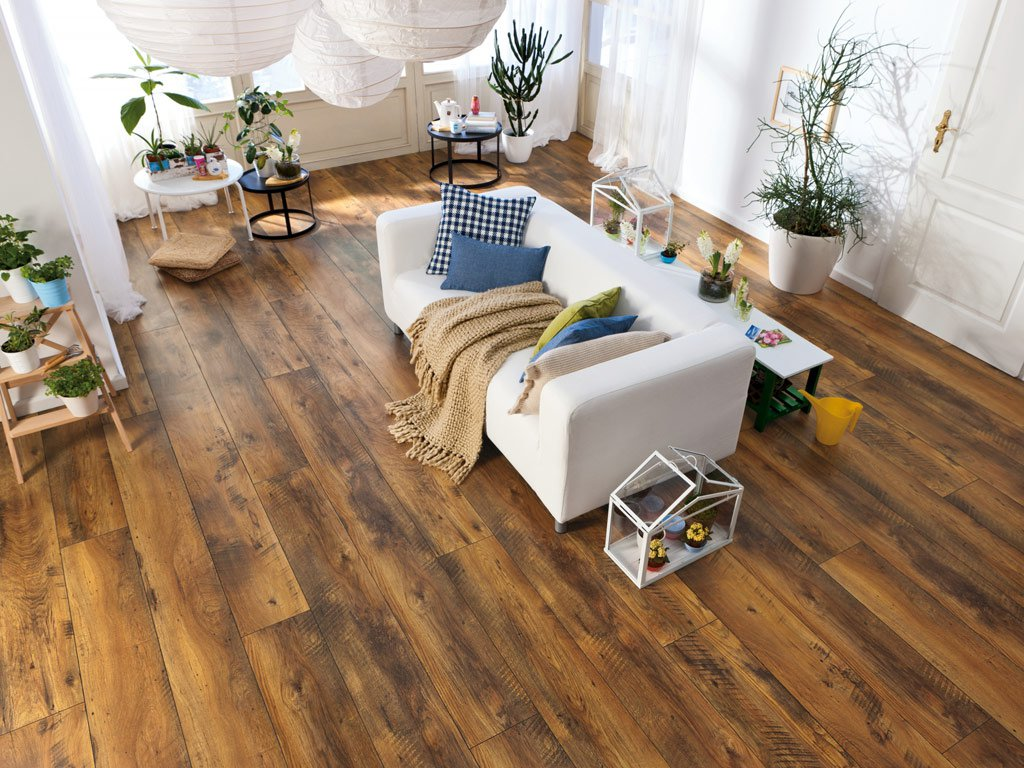 Also, when installing a laminate that is sealed with locks, cracks may form at the joints. In the future, this is hello to the accumulation of dust and moisture in the gaps, which also adversely affect the duration of the floor covering