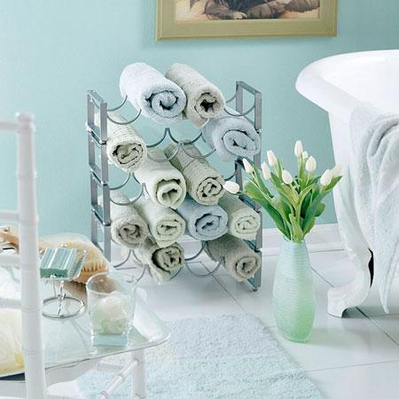 bathroom towel storage: 12 quick, creative & inexpensive ideas