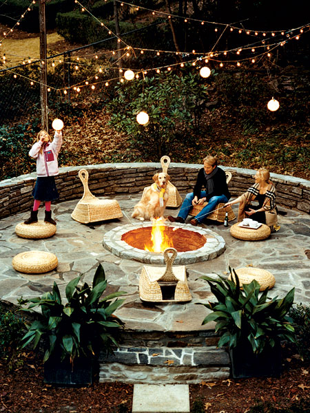 10 Design Ideas for an Outdoor Fire Pit