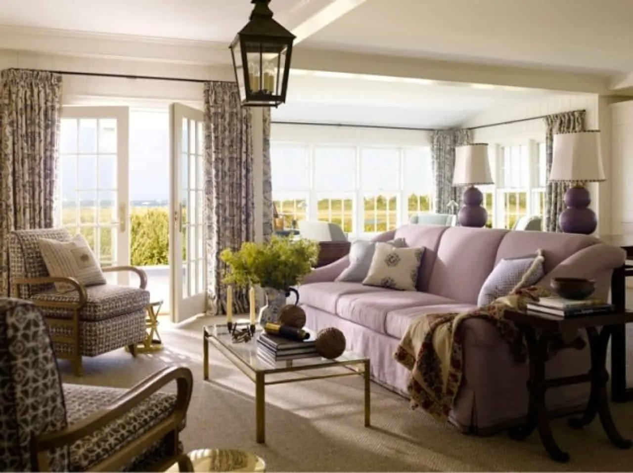 20 Stylish And Cozy Living Rooms