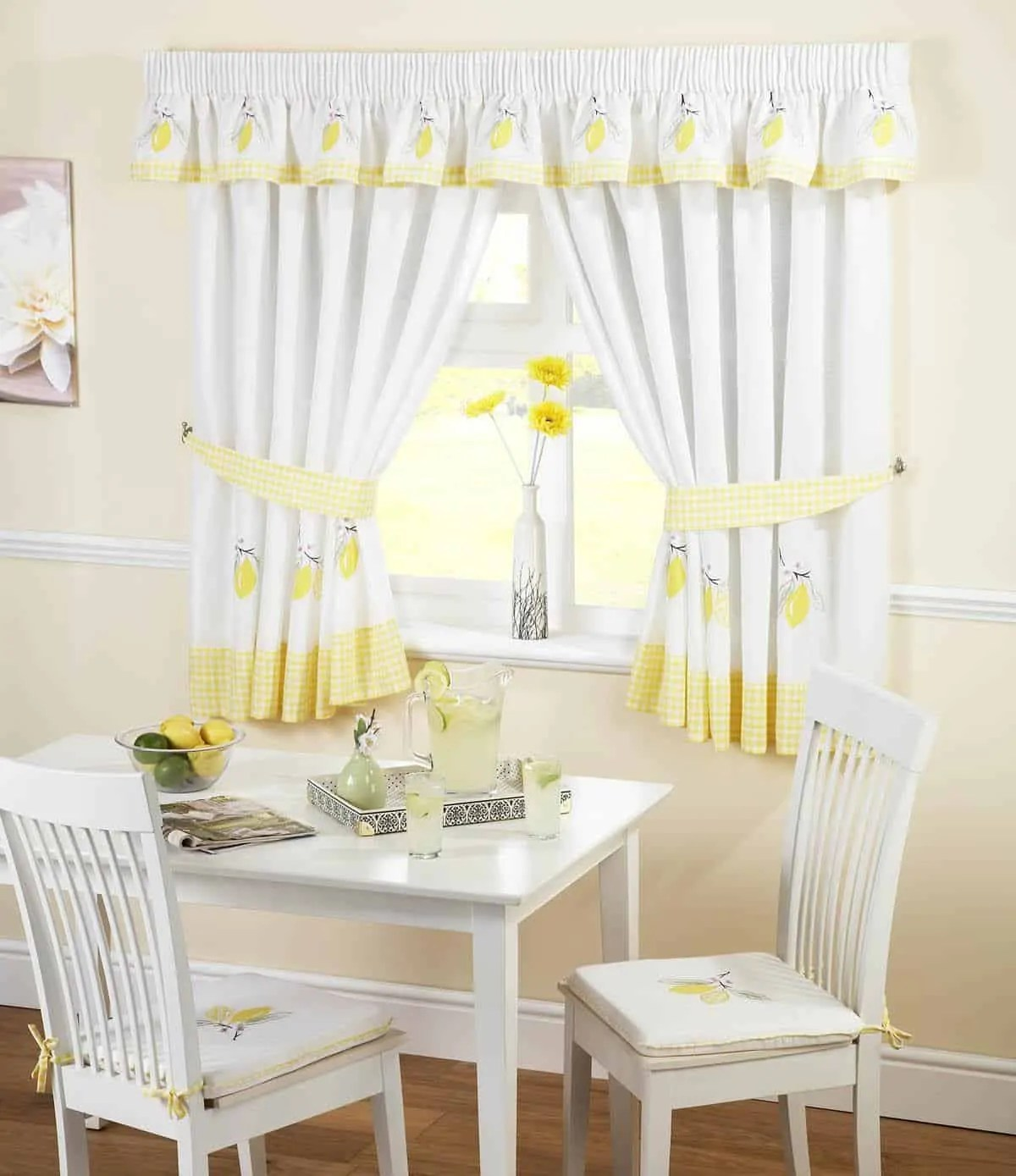 Selection of Kitchen Curtains for Modern Home  Decoration