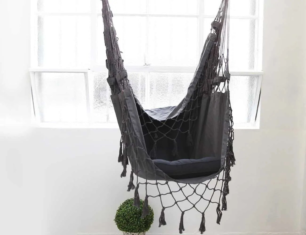 Black Hanging Chair How To Choose The Best Hammock For Your Backyard
