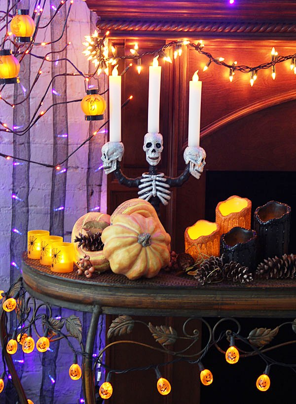 20 Stunning Halloween Lights Decorations Ideas  Decoration Love