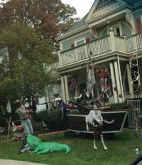 Most Spooktacular House Halloween Decorations