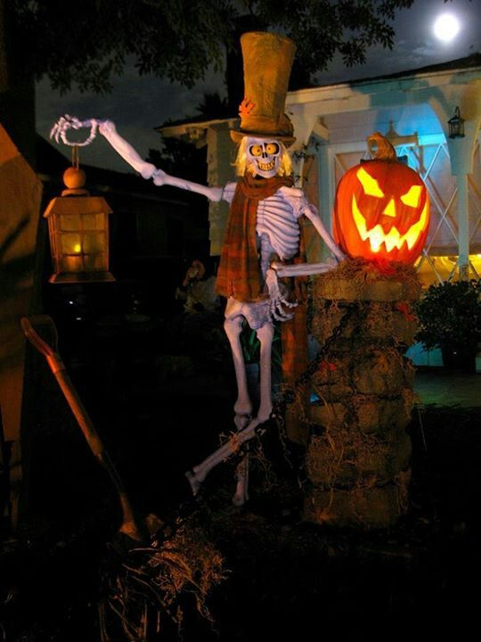 Skeletons Outdoor Halloween Decorations  Decoration Love