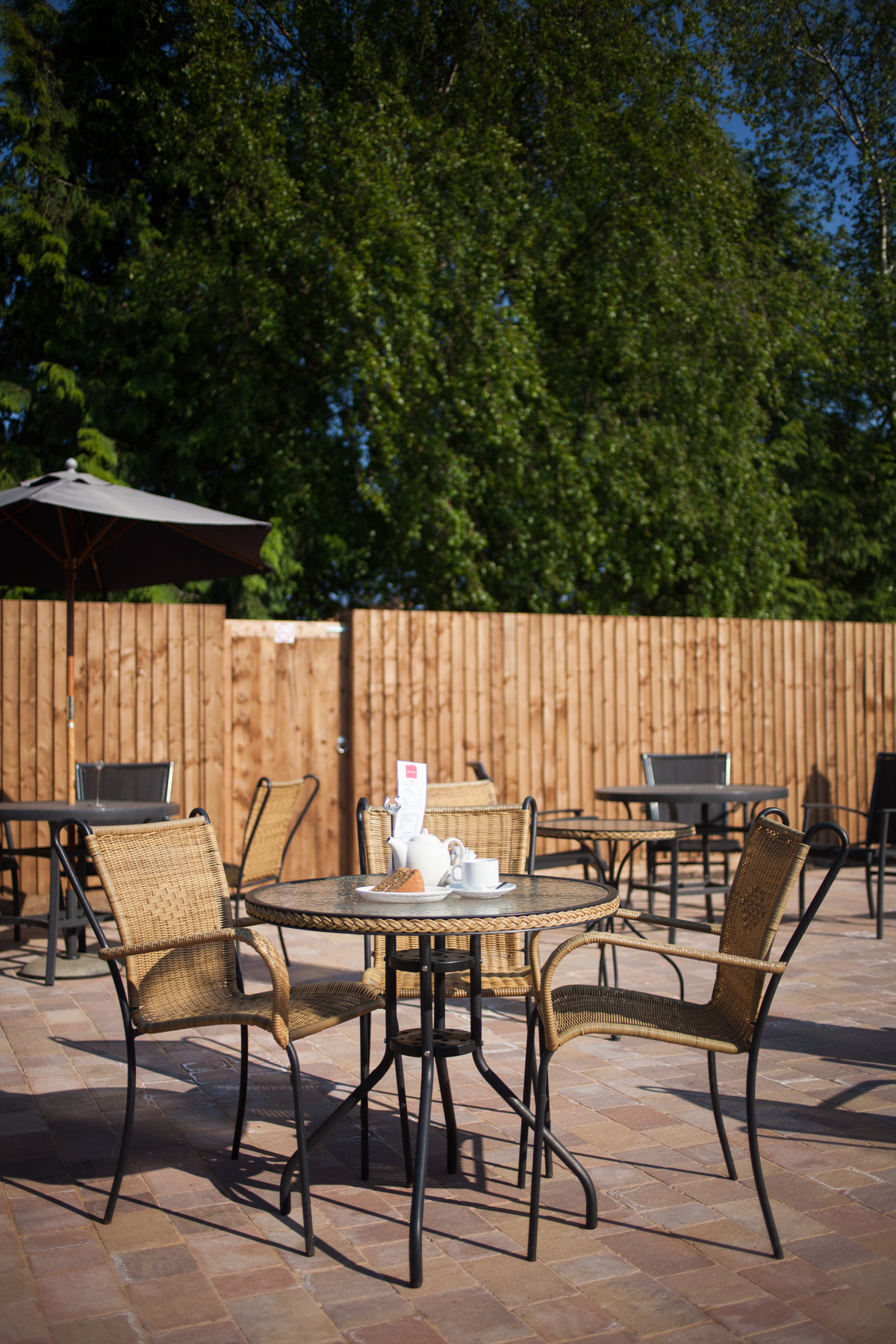 Coffee Shop Outdoor Seating Design
