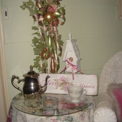 Shabby Chic Living Room Decorating Ideas Grey With Brown Couches Cottage Christmas