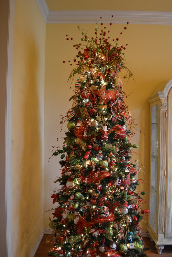 Awesome Christmas Tree Decoration Ideas With Ribbon