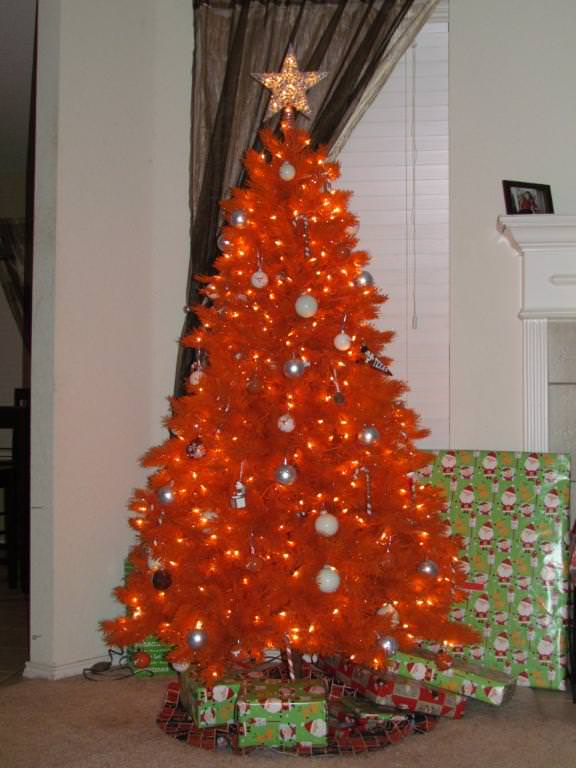 35 Orange Theme Christmas Tree Decorations Ideas