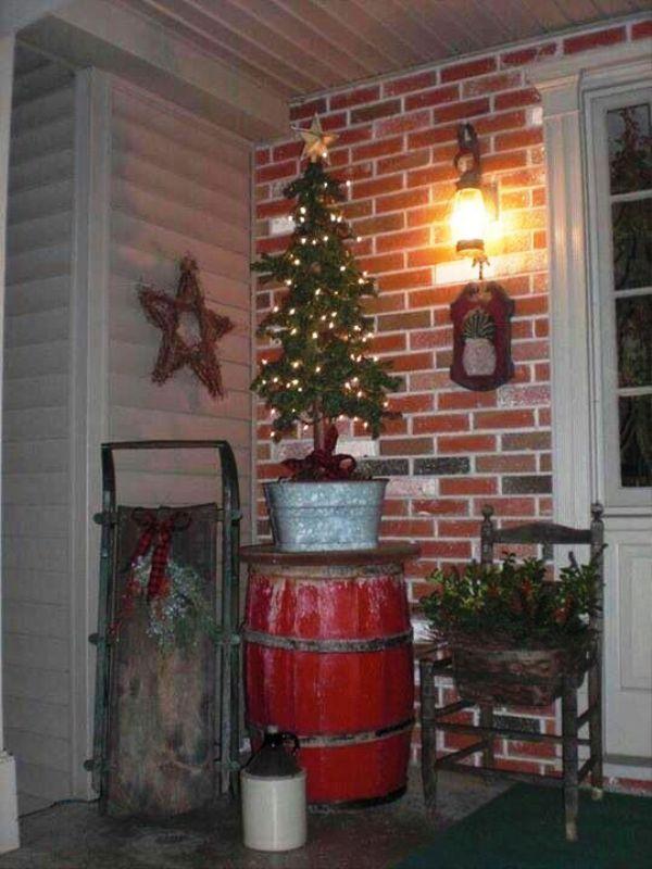 Primitive Front Porch Christmas Decorating Ideas