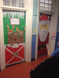 santa-classroom-door-decoration-christmas