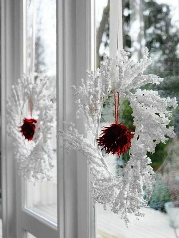 25 Indoor Christmas Window Decorations Ideas  Decoration Love