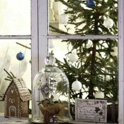 Design Ideas For Black And White Living Room Small House Christmas-tree-on-glass-window
