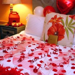 Living Room Side Table Decorating Ideas Paintings For Sale Romantic-bedroom-decorating