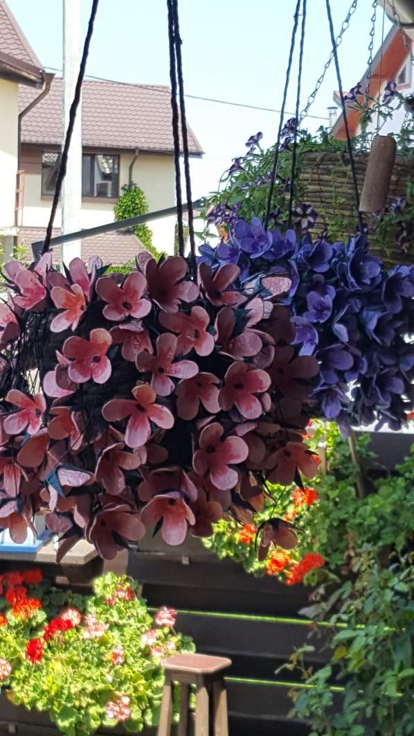 flori decorative din carton
