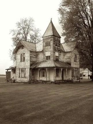 Abandoned Houses 13
