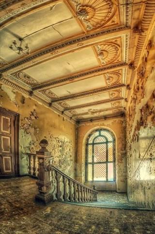 Abandoned Houses 28
