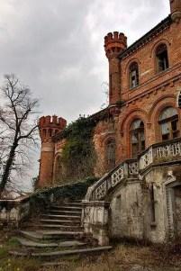 Abandoned Houses 42