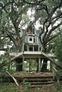 Abandoned Houses 49