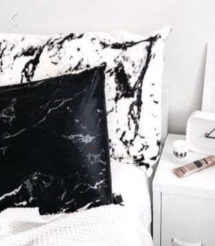 Black And White Decor 81