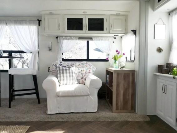 Camper Remodel Ideas 32