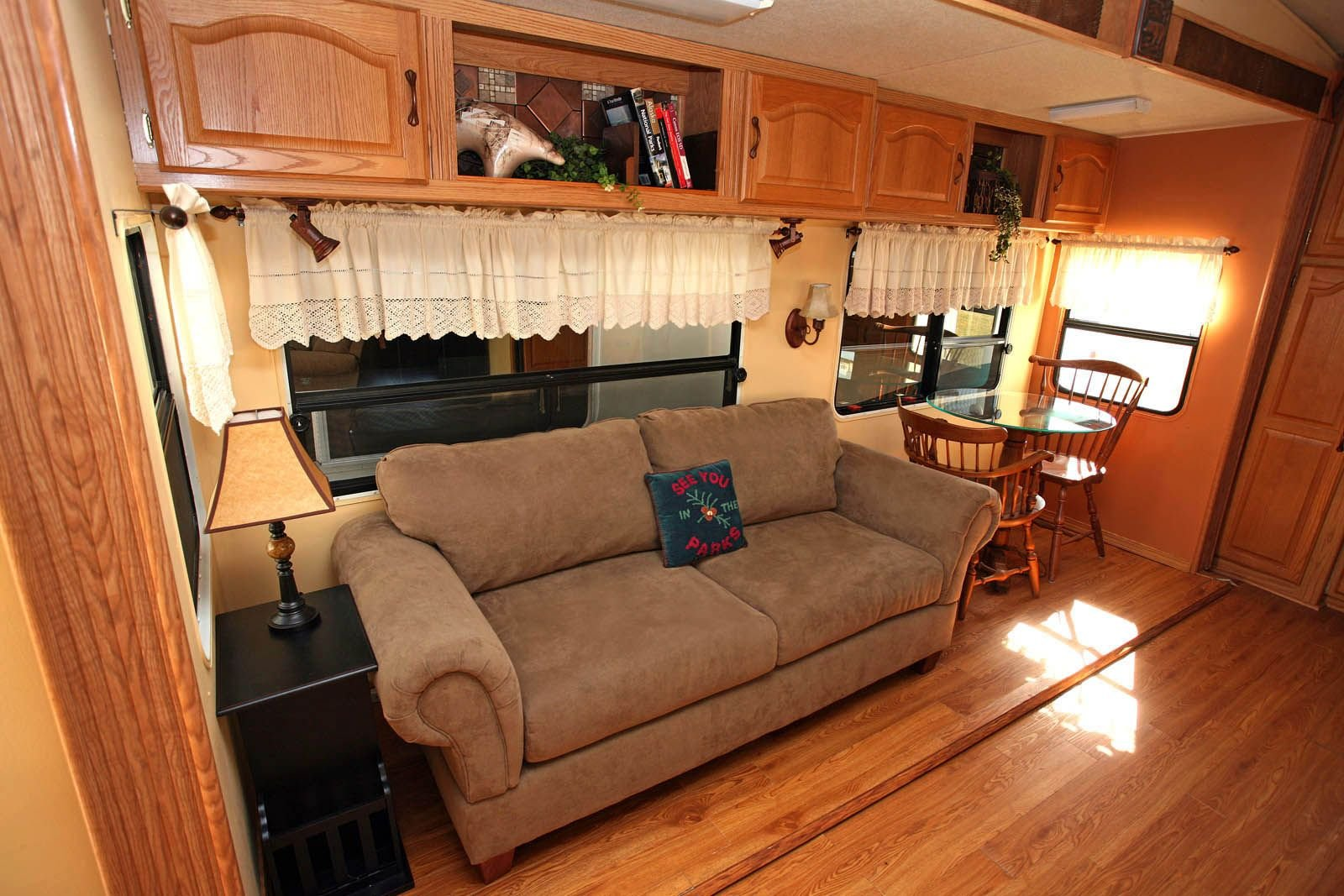 50 Cheap And Easy Ways To Decorate Your RVCamper  decoratoo