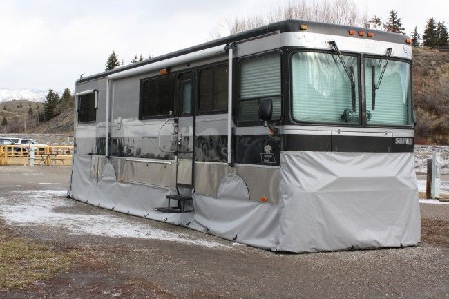 Cheap And Easy Ways To Decorate Your RV Camper 6