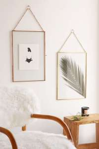 DECORATIVE WALL HANGINGS 100