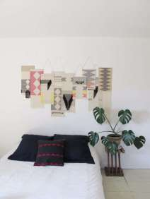 DECORATIVE WALL HANGINGS 17