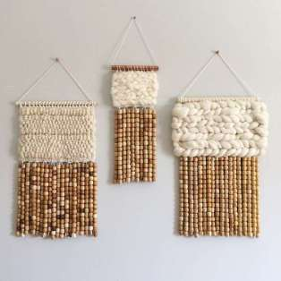 DECORATIVE WALL HANGINGS 43