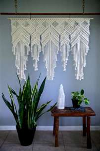 DECORATIVE WALL HANGINGS 45