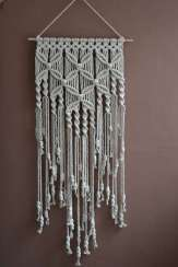 DECORATIVE WALL HANGINGS 48