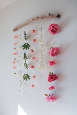 DECORATIVE WALL HANGINGS 5
