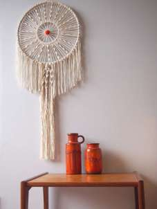 DECORATIVE WALL HANGINGS 60