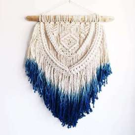 DECORATIVE WALL HANGINGS 9