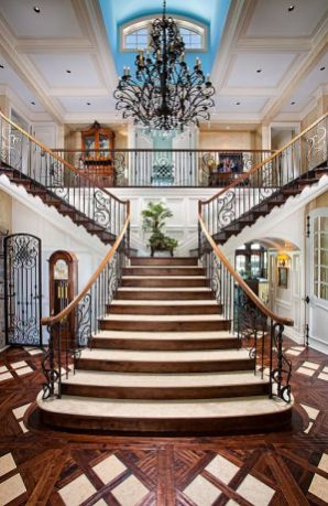 Grand Staircase 15