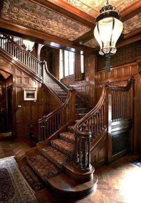 Grand Staircase 41