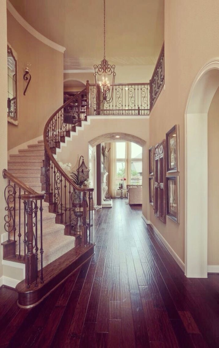 Grand Staircase 42