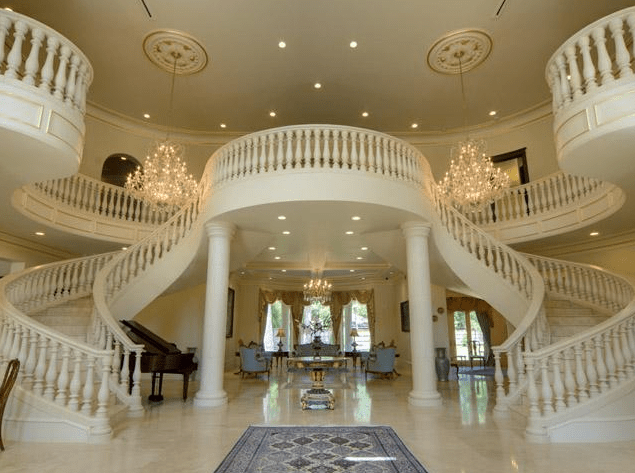 Grand Staircase 57