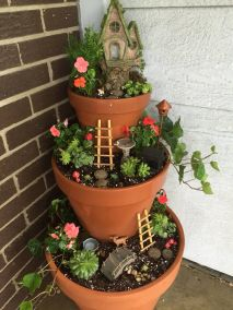 Magical And Best Plants DIY Fairy Garden Inspirations 60