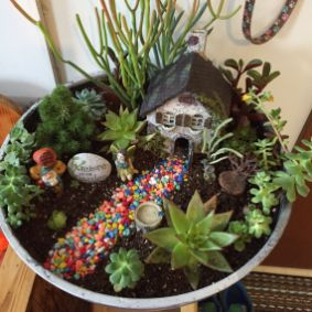 Magical And Best Plants DIY Fairy Garden Inspirations 64