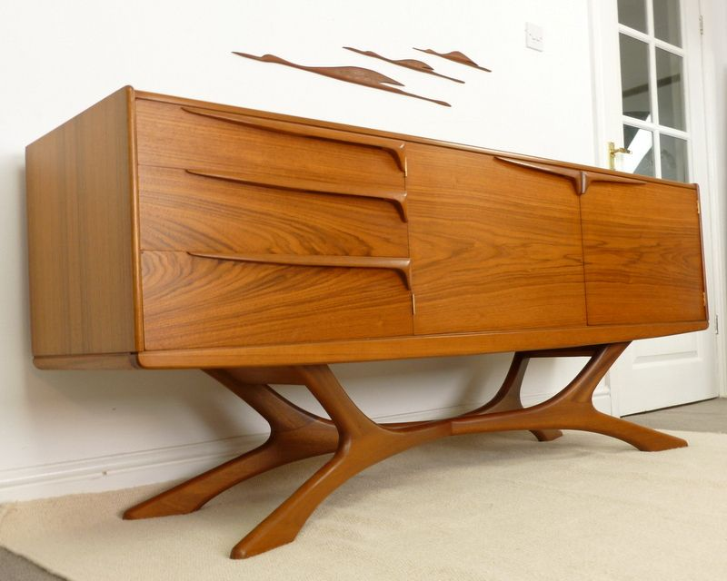 Mid Century Furniture Ideas 26