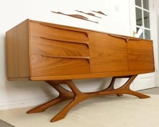 Mid Century Furniture Ideas 26