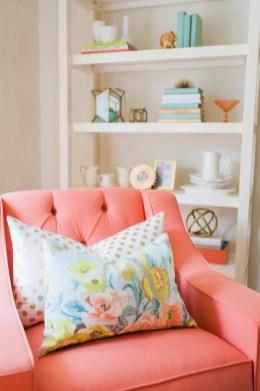 Bright Living Room Decor Ideas 18